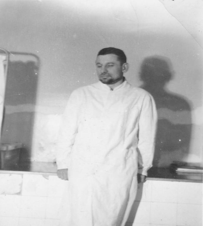 DR OLGIERD KOSSOWSKI W FOTOGRAFII