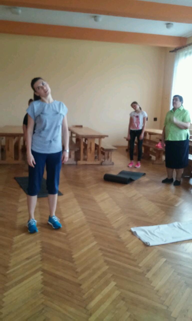 "Projekt: ""KAMPANIA MULTIMEDIALNA…""-gimnastyka …"